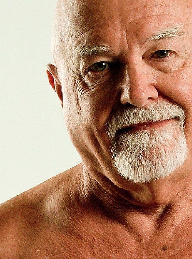 Pin by Corey Hart on Men | Older men, Daddy bear, Cute faces