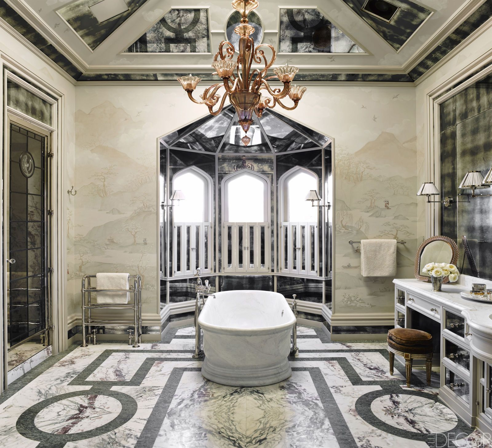 20 Luxurious Bathtubs That Completely Steal The Show | House tours ...