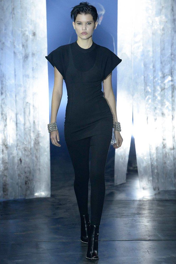 #alexanderwang #favourite See the complete Alexander Wang Fall 2017 Ready-to-Wear collection.