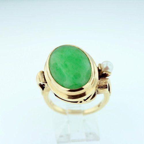 Jade and Pearl Ring