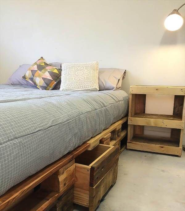 Whole EURO Pallet Bed with Storage Drawers Wooden pallet