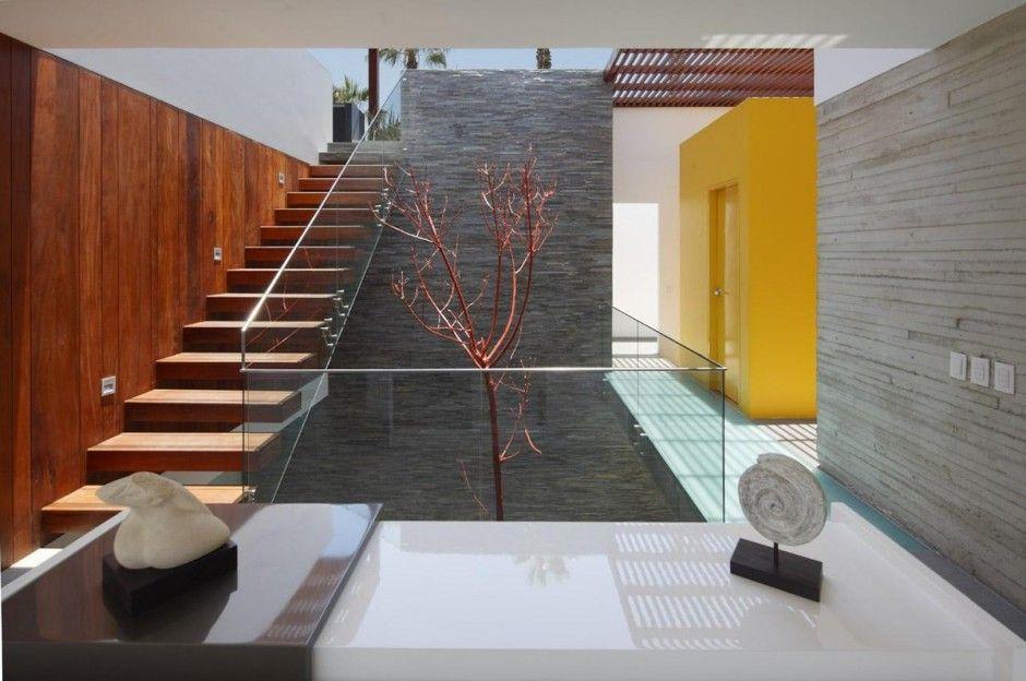 Best Box Like Beach House Near Lima Peru By Martin Dulanto 400 x 300