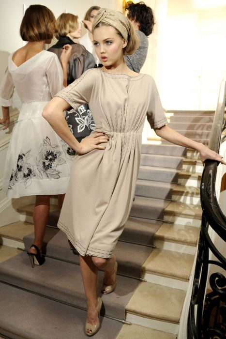 Lindsey Wixson backstage at Christian Dior Haute Couture, Spring 2012, rocking a turban knot headband