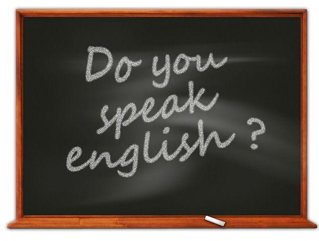 Englischunterricht mal anders - bitte nicht ernst nehmen: https://www.youtube.com/watch?v=bspsNI1LXkY