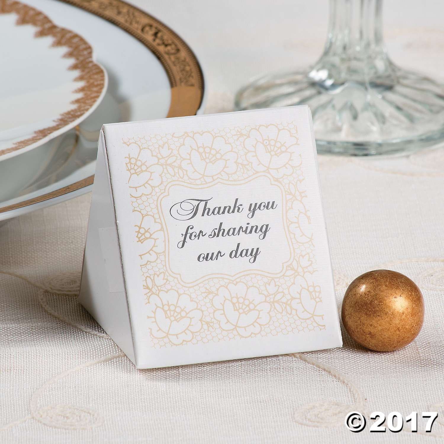 Send your wedding guests home with a special gift in these elegant ...