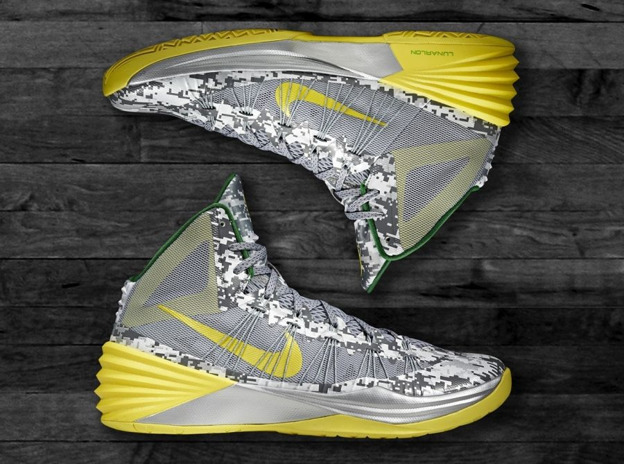 Nike Hyperdunk 2013 – Oregon Armed Forces Classic PE