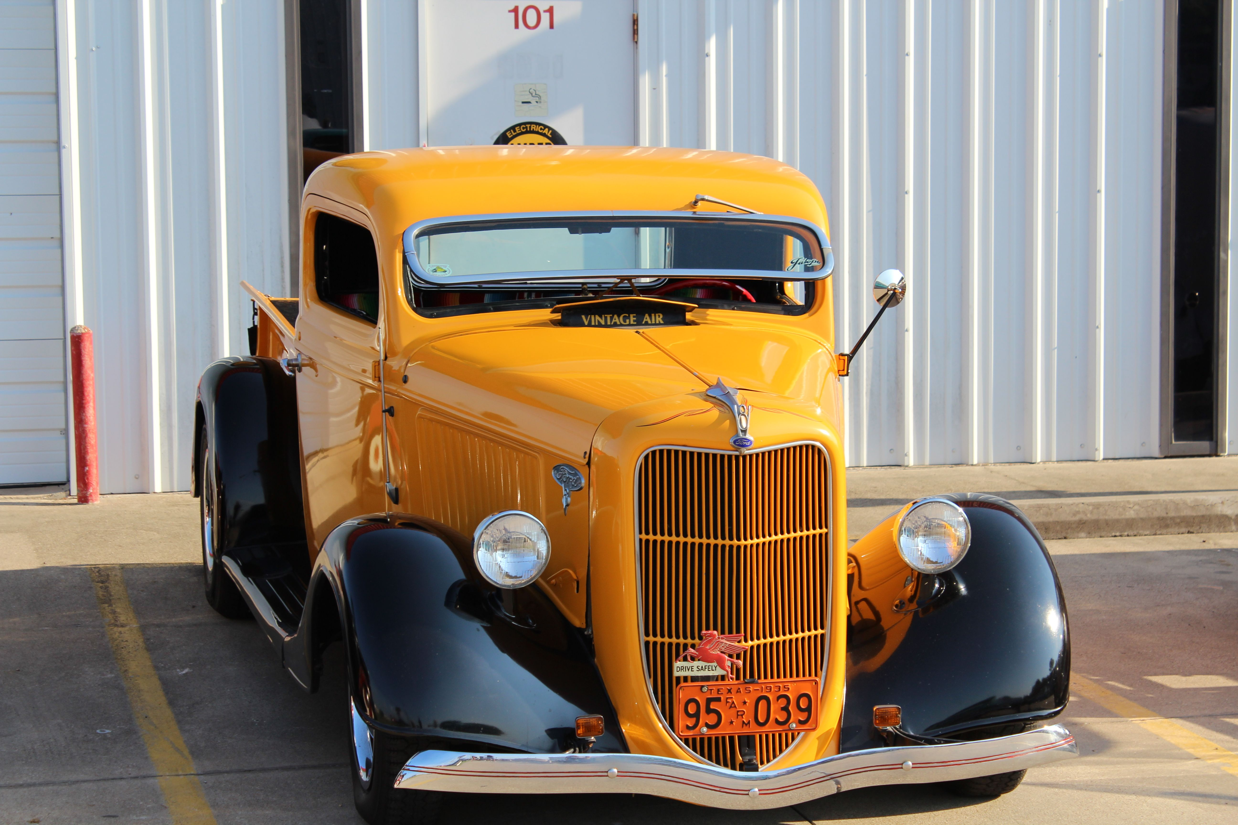 Vintage Cars & Trucks ~ Awesome! | Rides | Pinterest | Ford, Cars ...