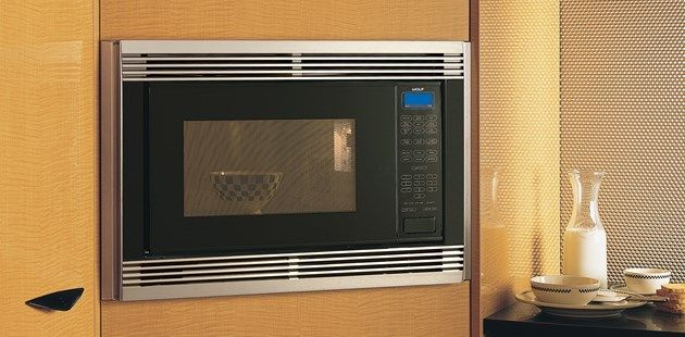 Wolf Microwave Ovens Come In Convection Conventional Models With Sensor Cooking Programmable Options Learn More At Sub Zero Liances