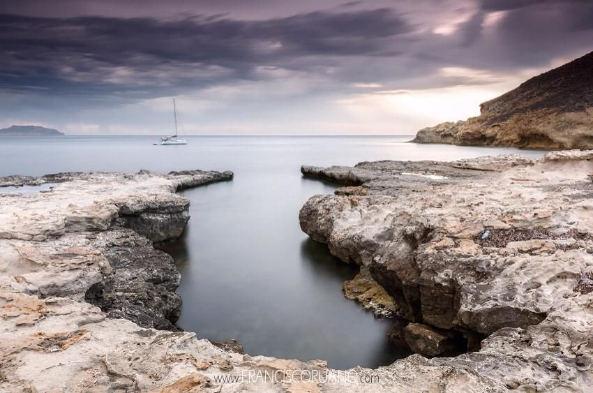 El Playazo. Rodalquilar. Cabo de Gata. Almería. (Fotografía de Francisco Ruano) pic.twitter.com/lKKxs1jTD7