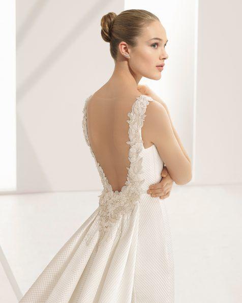 Haute-Couture-Brautkleider, die in unserem Atelier kreiert werden ...