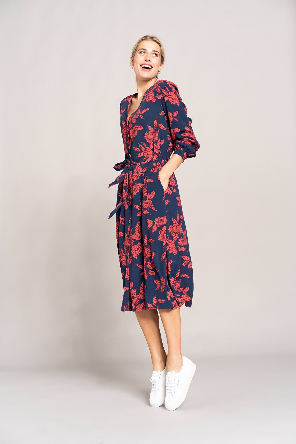 6d5bebc49aac4a Anna Dames Lange jurk met bloemenprint Blauw