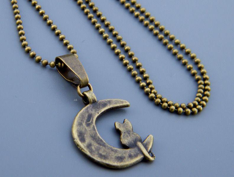Kat op de maan - ketting van jg.shop op DaWanda.com