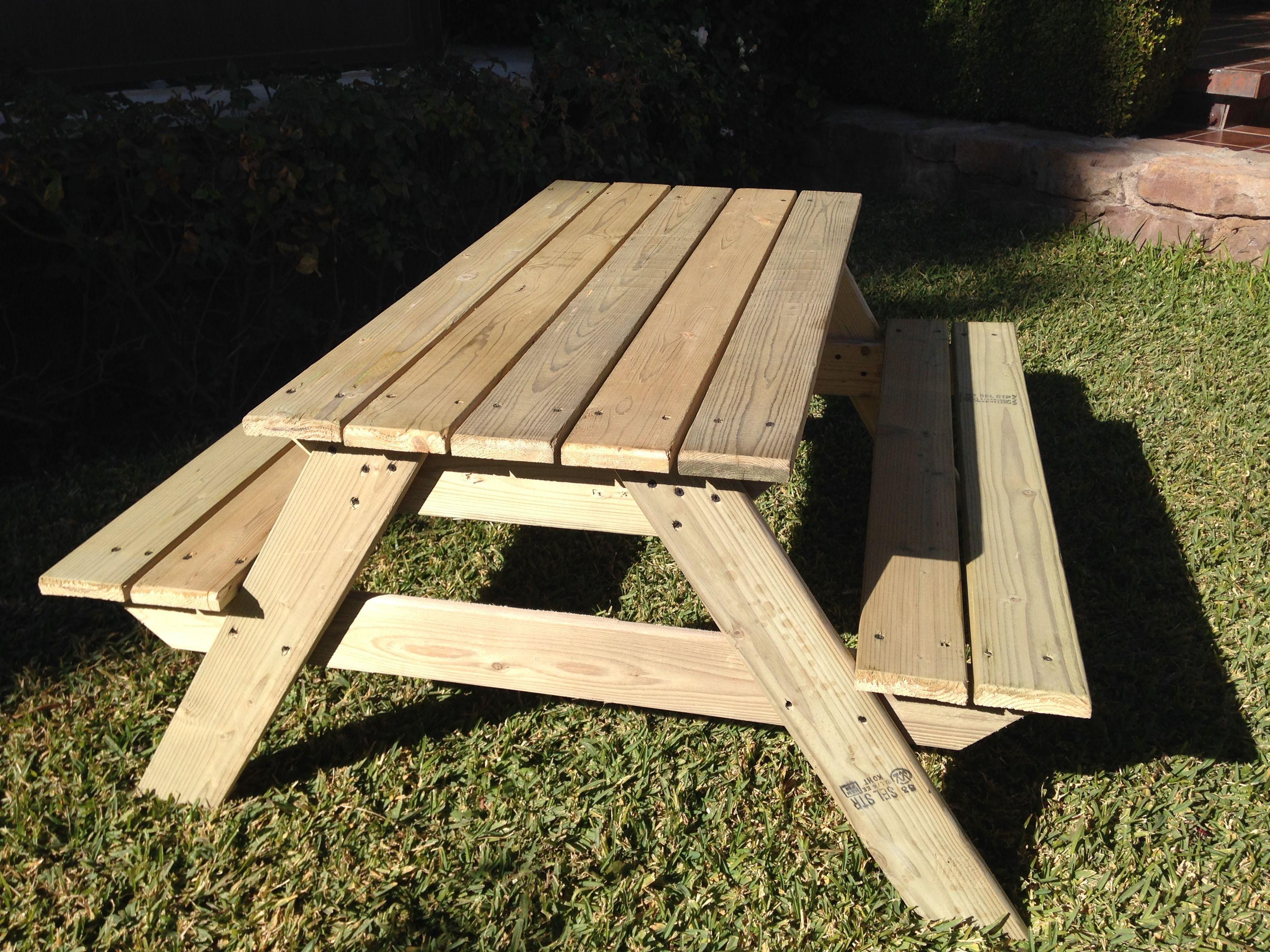 Mesa de picnic para niños de 2 a 6 años. Hecha en madera de pino ...