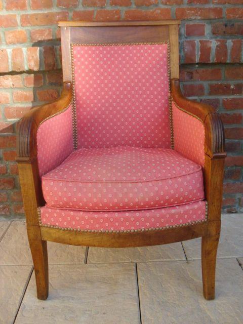 ancien fauteuil bergre acajou epoque restauration dbut xixmedirectoire couch - Fauteuil Ancien Bergere