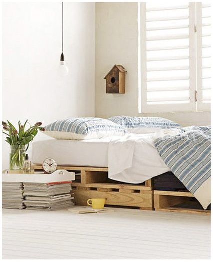 wooden pallets as bed frame