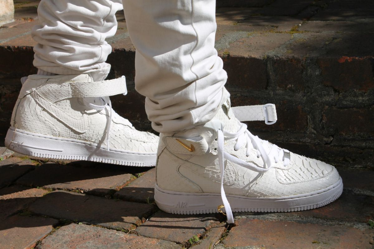 sale retailer 24889 de480 Crocodile skin nike air force one