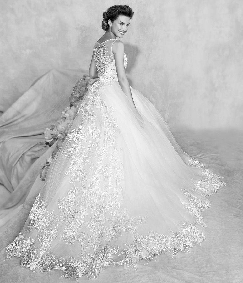 b78d4a518001 Collezione abiti da sposa Fiorinda le spose di Carlo Pignatelli 2016   lieve