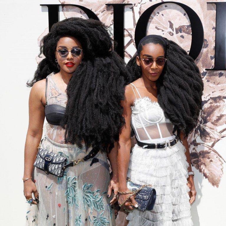 [Actu] Avec leur chevelure afro, les jumelles quann enflamment le défilé dior - Au feminin @aufeminin