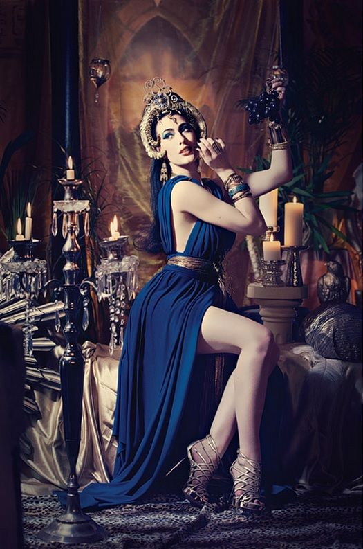 burlesque dancer miss betsy starred in a cleopatra
