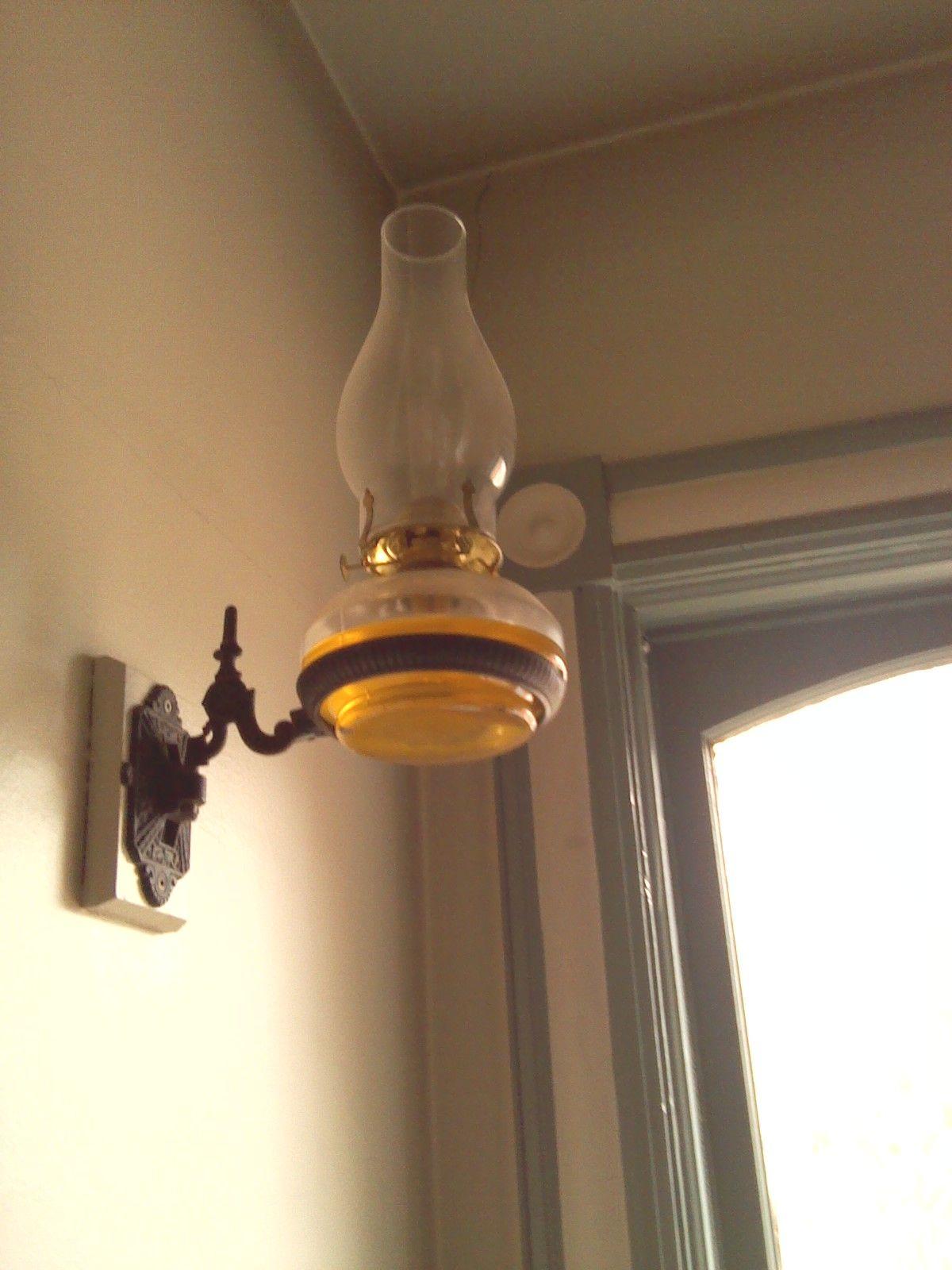 Wall Mounted Oil Lamp At Bronte Creek Lamp Vintage Lamps Oil Lamps