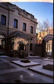 Palacio de los Duques de Santo Mauro. De estilo francés. Interior. Hoy es el Hotel Santo Mauro. Entrada al hotel