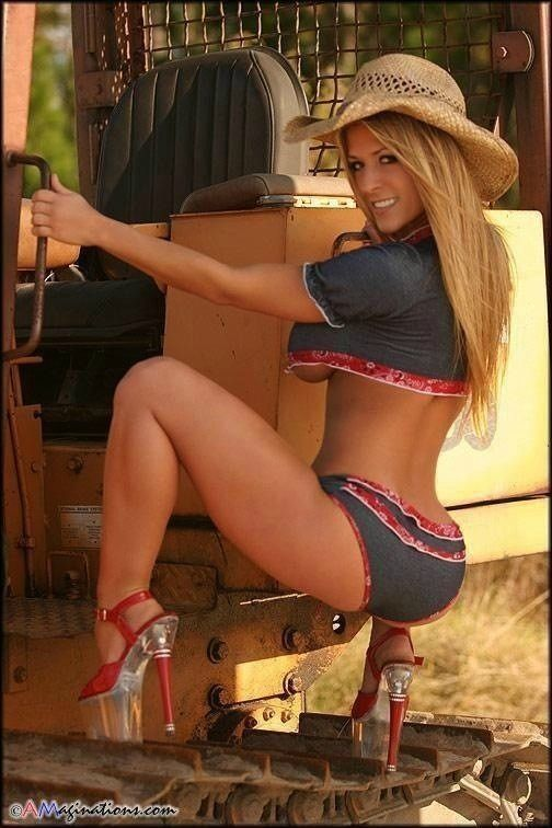 Sexy naked country girls