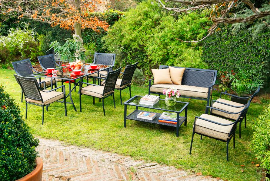 Disfruta tu terraza en verano con este juego de living y for Comedor terraza easy