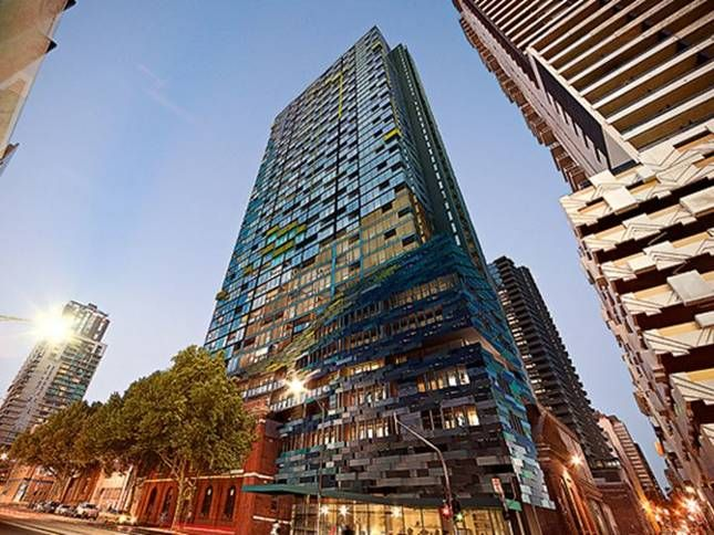 44th floor Upper West Side, a Melbourne City Apartment   Stayz