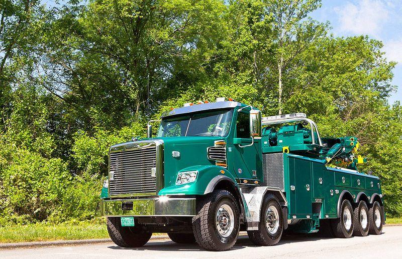 Freightliner Tow Truck Big Trucks