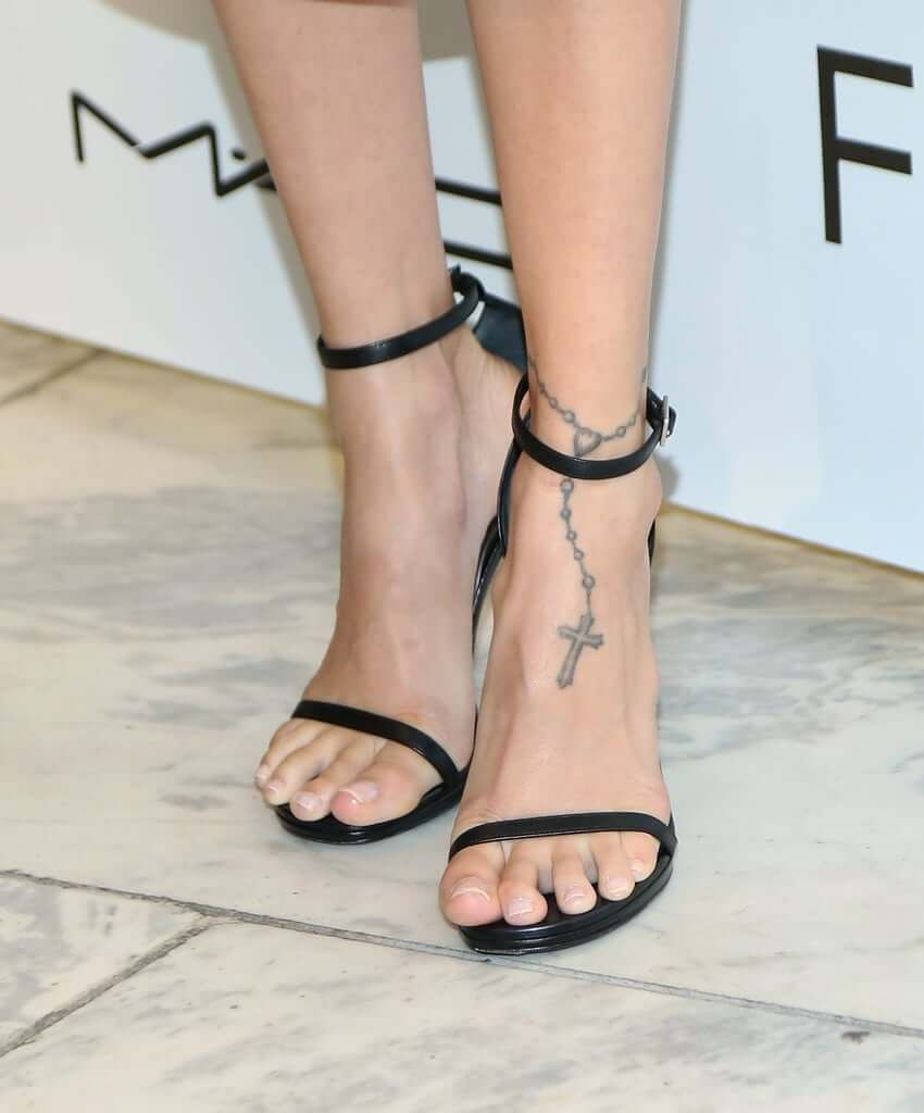 Celebrity Tattoos Revealed Ankle Tattoo Designs Celebrity Tattoos Henna Tattoo Wrist