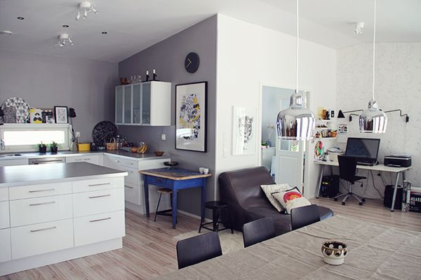 grey walls, white cabinets