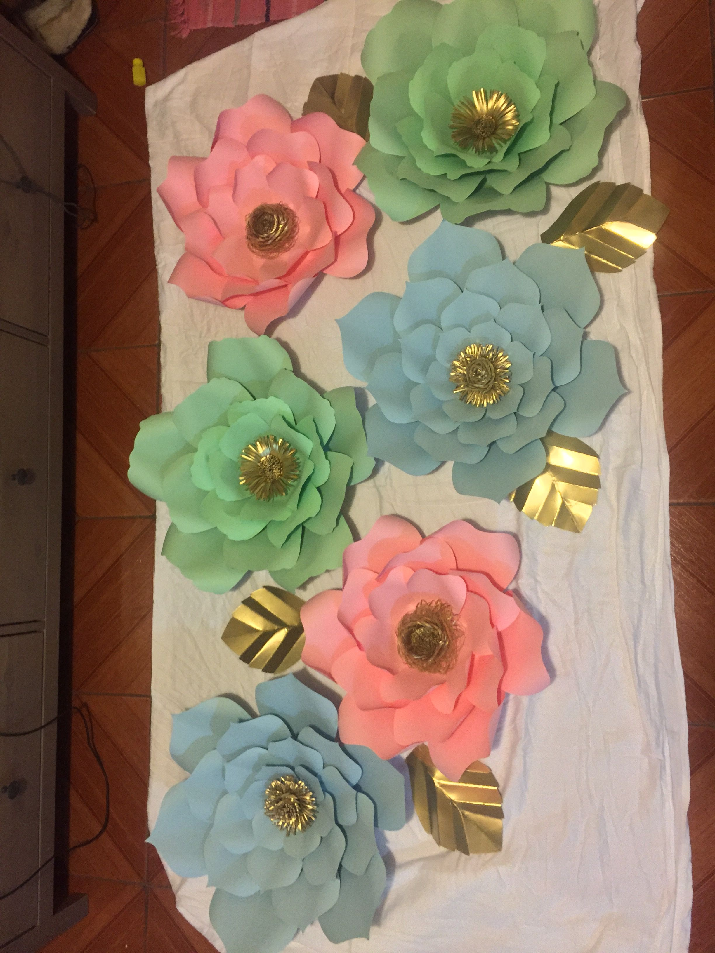 Pin By Kl Flowers On Decoration Giant Paper Flowers Pinterest