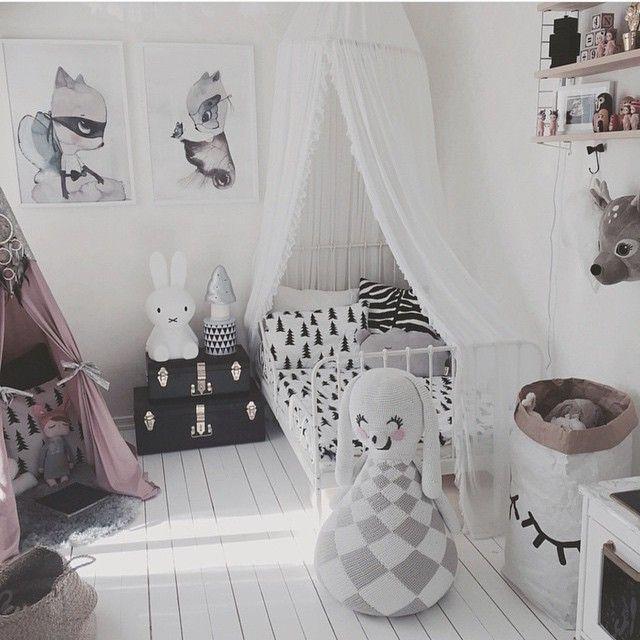Instagram photo by @leoandbella via ink361 Kid\u0027s room