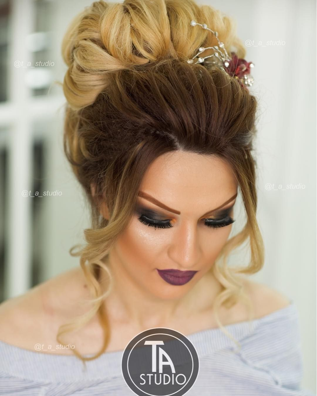 2 663 Begenme 3 Yorum Instagram 39 Da Stilist Tunzale C Official Page T A Studio Quot Diqqet Diqqet Yaln Hair Styles Wedding Hairstyles Make Up