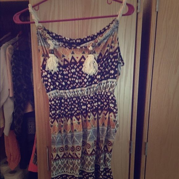 Beach/sum dress Super cute, nice colors and length. Good sun dress or beach dress. Very soft material. Worn once Dresses