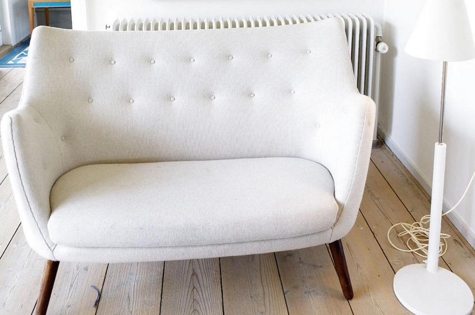 Billige-sofas-Günstige-Weiße-Sofa-hölzerne-Beine | Tische und Stühle ...
