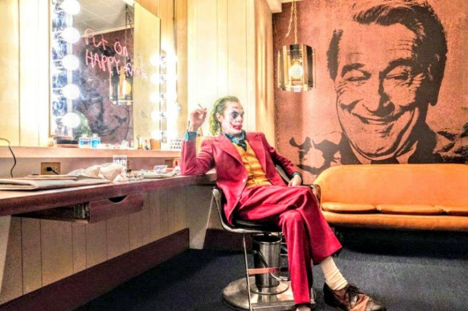 New Trailer For Joker 2019 Gets Furious Watch Quadrinhos Do Coringa Joker Comedias