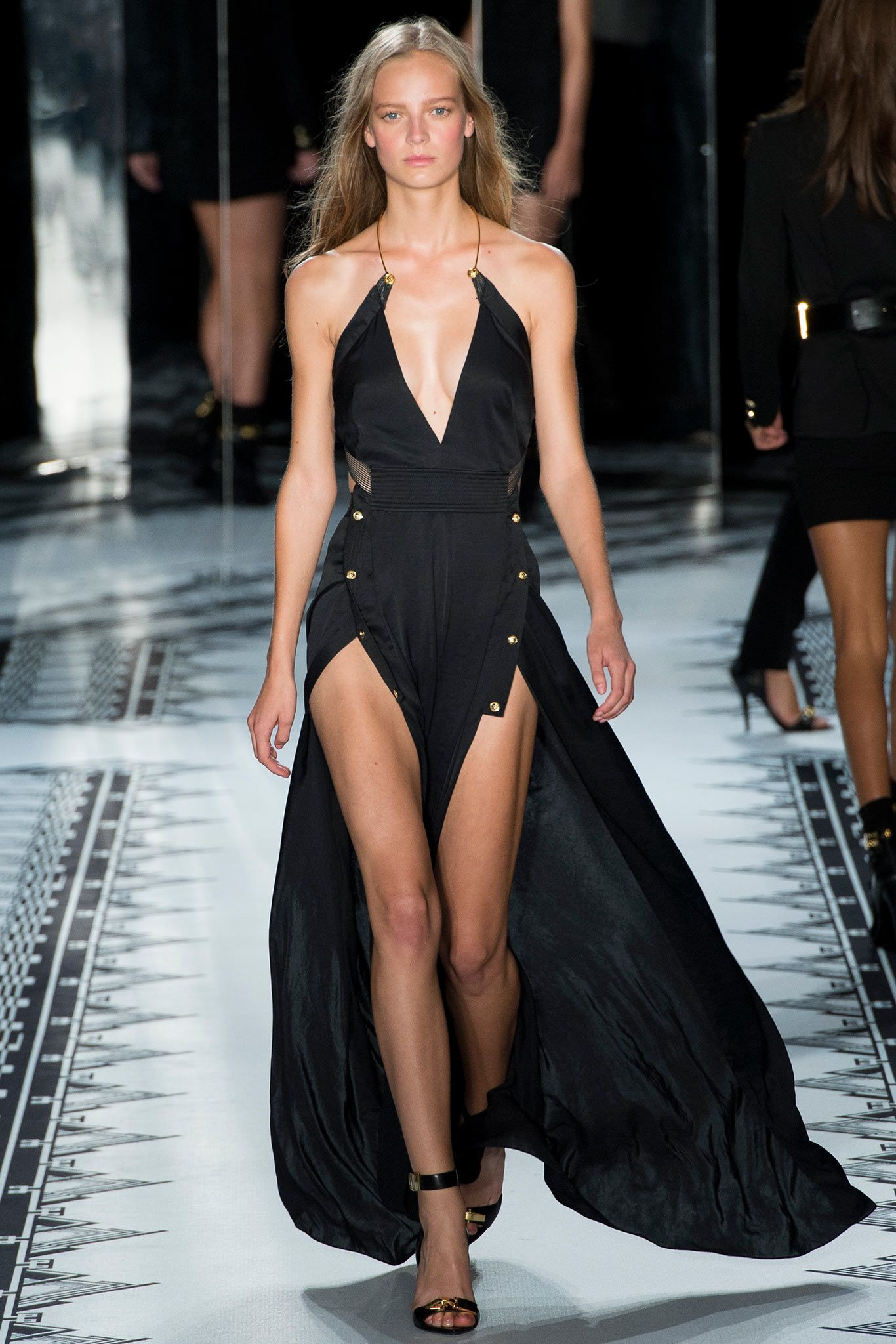 555b3c267 Versus Versace Spring 2015 Ready-to-Wear - Collection - Gallery - Look 1 -  Style.com