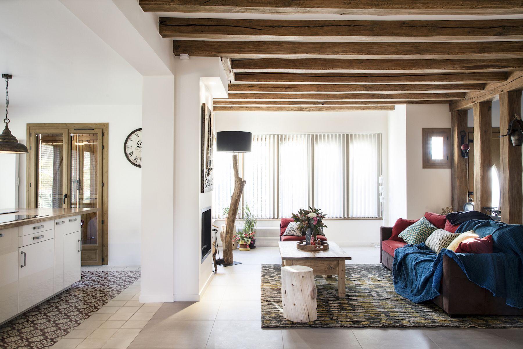 R novation d 39 une maison la campagne chic et rustique grace un insert double face d 39 un cot - Renovation maison de campagne ...