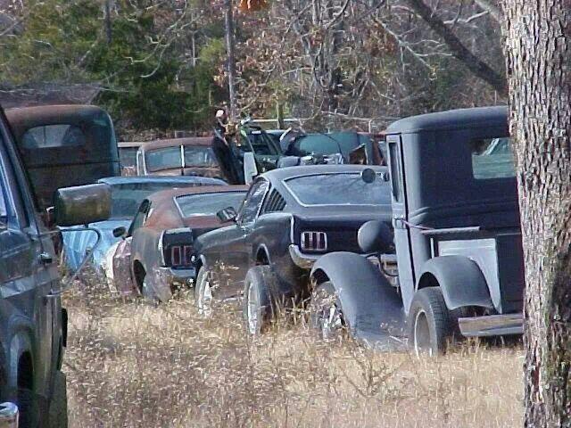 My Kind Of Junkyard Junkyard Cars Barn Find Cars Old School Cars