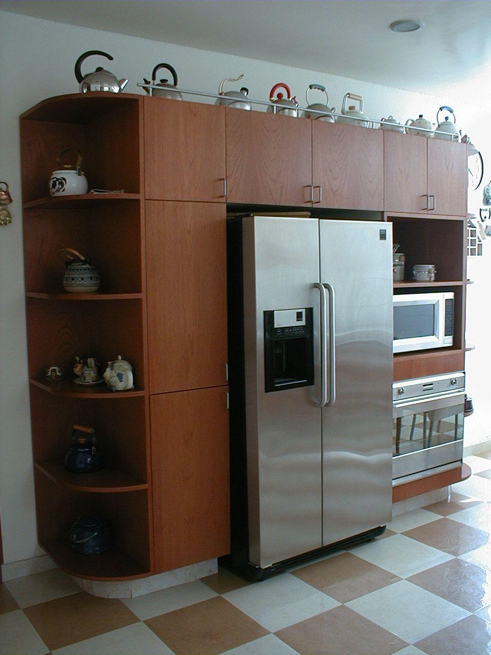 El refrigerador empotrado cocinas a la medida - Mueble para nevera ...