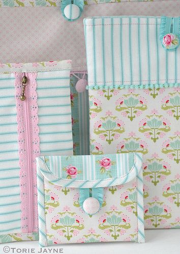 Pretty Sewn Accessories with Tilda fabric | Créations Couture ...