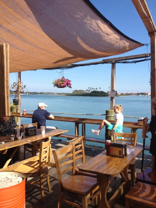 Dolphin View Seafood Restaurant In New Smyrna Beach Fl