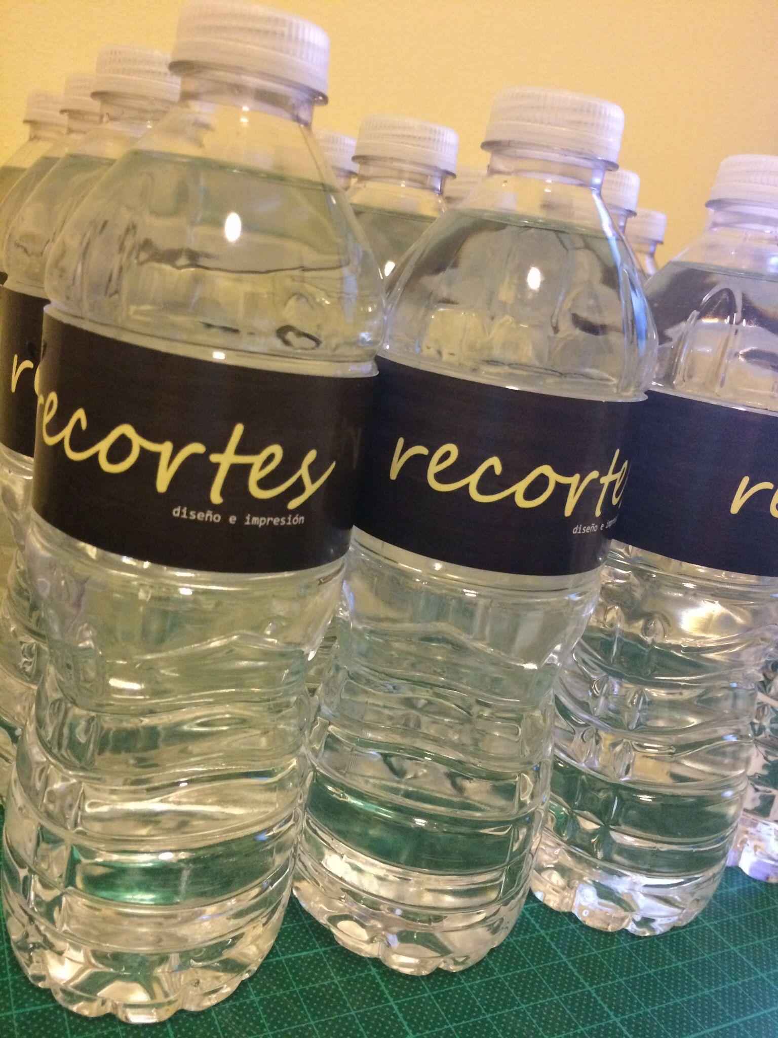 Botellas de agua brandeadas #recortespanama
