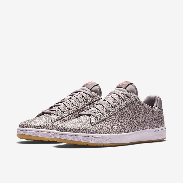 new products 50658 717b2 Nike Tennis Classic Ultra Premium Women s Shoe.