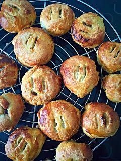 Simple recipe for eccles cakes