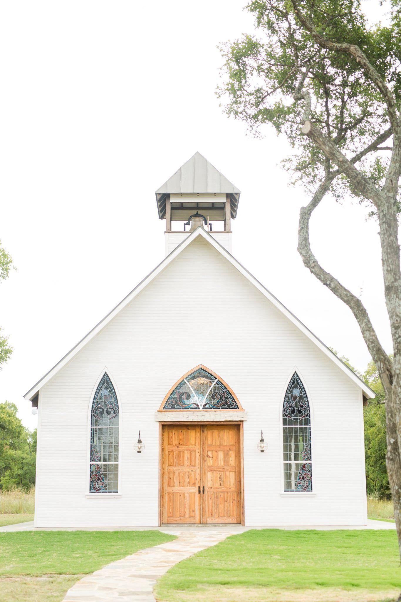 Fredericksburg tx open aired wedding chapel