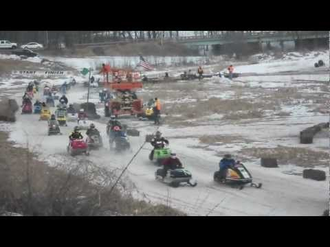 Racing amateur snowmobile