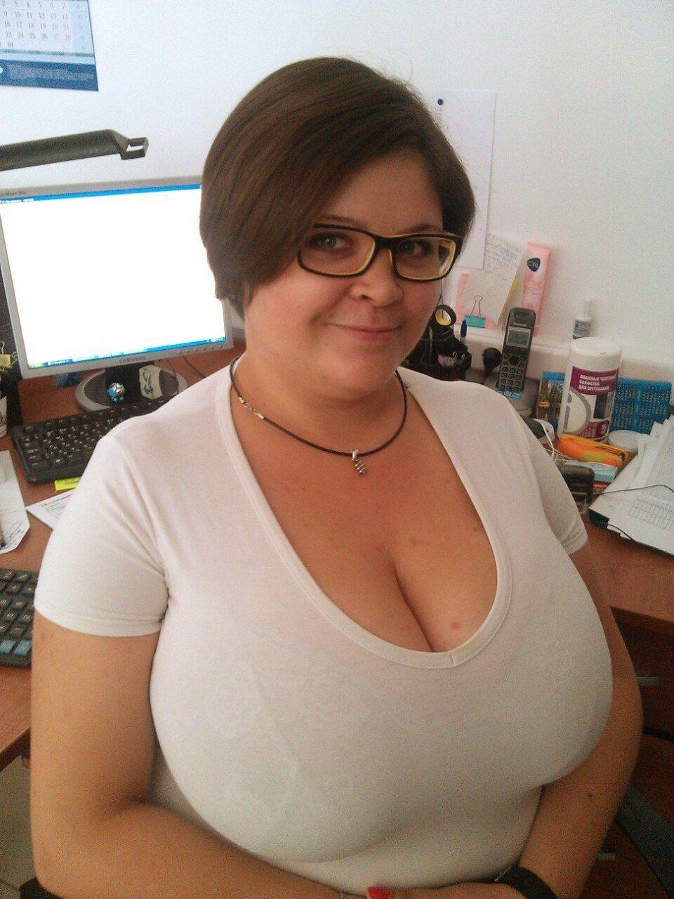 Sex gif big boobs