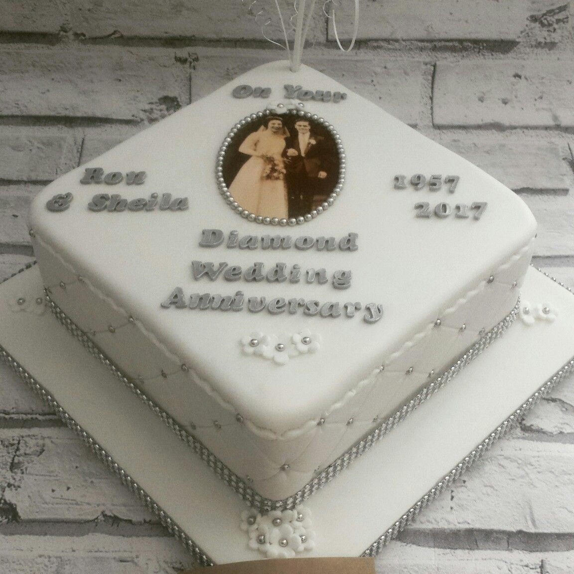 Diamond wedding anniversary cake | Cakes by Lenks:-) | Pinterest ...